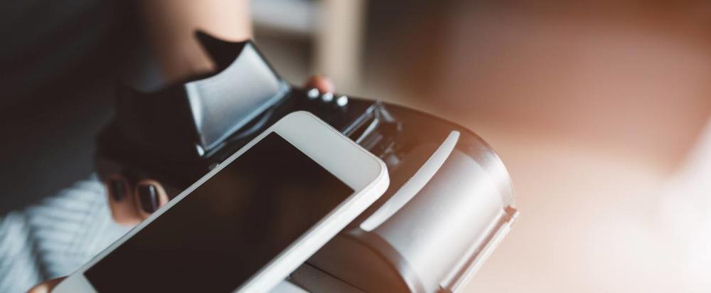 Приват или Vodafone: кто допустил кражу денег через сим-карты - Фото