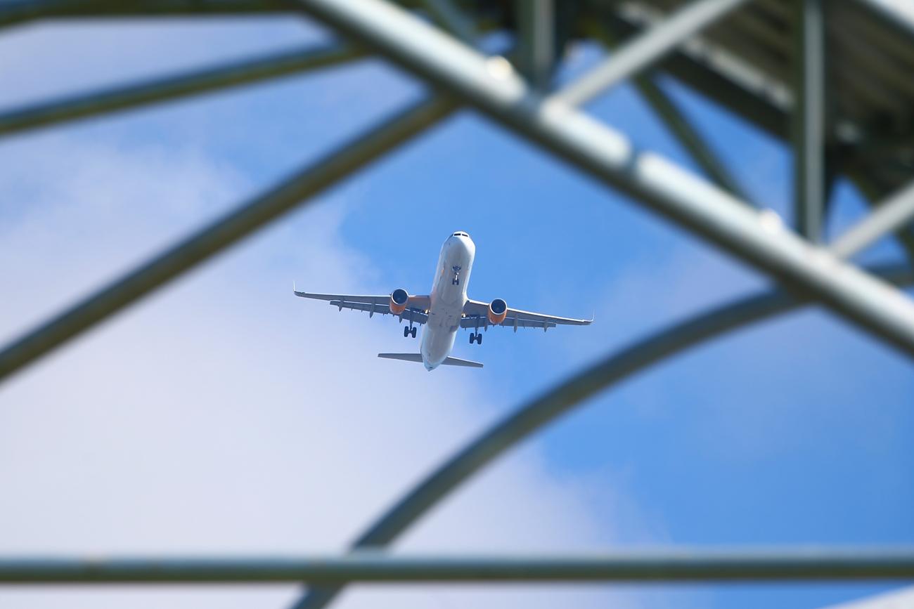 Омелян представил рейтинг пунктуальности украинских авиакомпаний