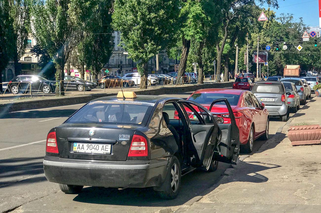 Казахи покупают в два раза больше машин, чем украинцы