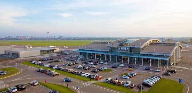 Аэропорт Жуляны изменил условия парковки и подъезда к терминалу - Фото