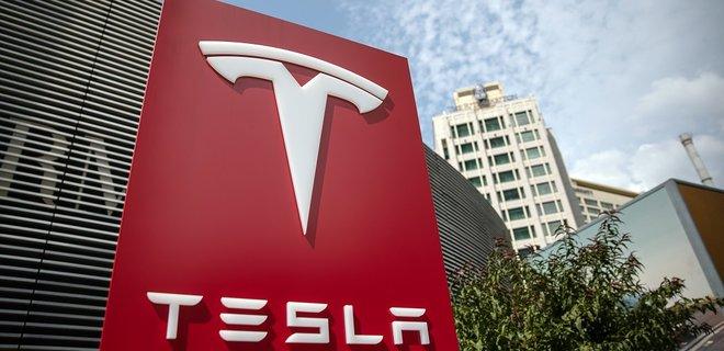Tesla стала самой дорогой компанией мира: акции впервые превысили $1000 - Фото