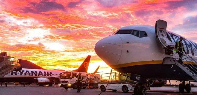 Ryanair прекращает полеты на два месяца