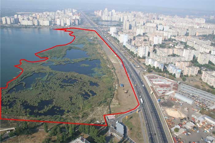 Стало известно, что Хомутынник строит на озере Вырлица. И в чем проблема