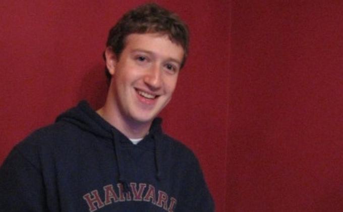 Сеть падает. Как и почему дешевеют акции Facebook