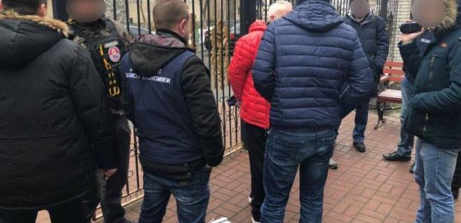 Директора Элита-Центра и его сообщника арестовали на два месяца - Фото