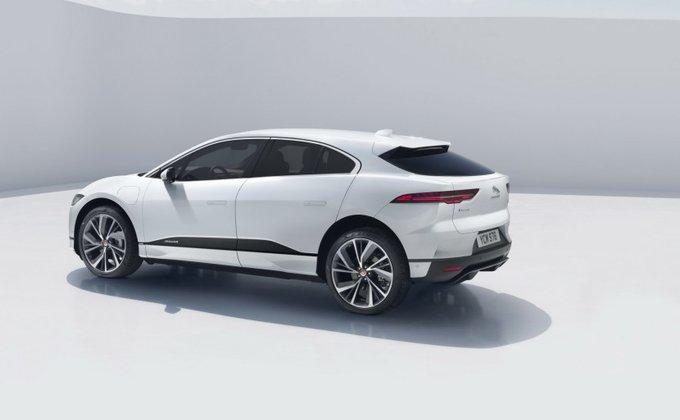 Jaguar рассекретил свой первый электромобиль: фото