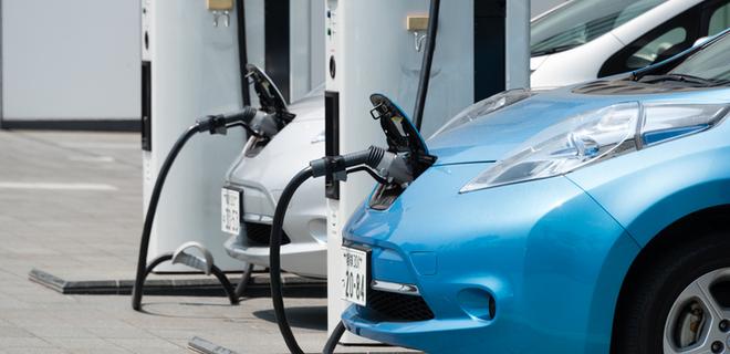 В Японии электрических заправок стало больше чем бензиновых - Фото