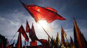 В Китае могут снять ограничения на количество детей в семье
