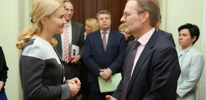 Nestle инвестирует 700 млн грн в харьковскую фабрику Мивина - Фото