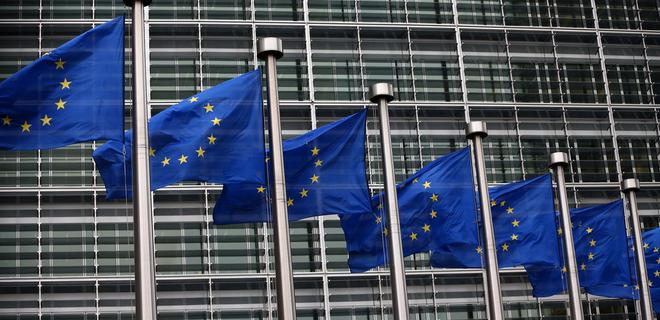 ЕС создаст рабочую группу по вопросам соцсетей и личных данных - Фото