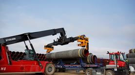 Газпром ждет решения Швеции по Северному потоку в апреле