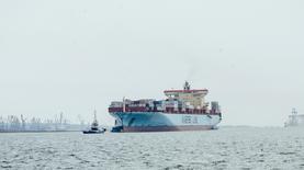 В порт Южный зашел самый крупный контейнеровоз в истории гавани