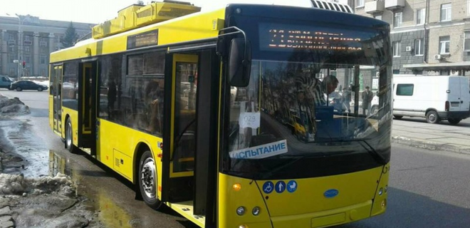 В Черновцах тестируют троллейбусы на автономном ходу - Фото