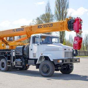 АвтоКрАЗ представил свой самый мощный автомобильный кран: фото - Фото