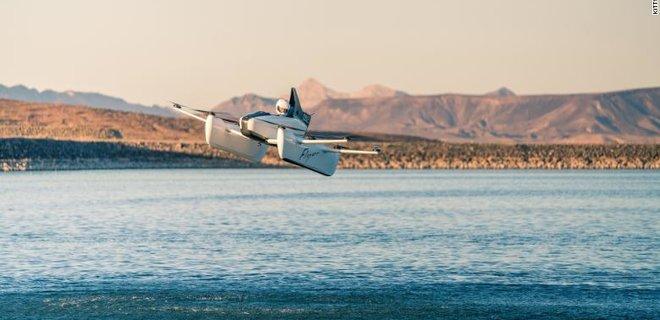 Стартап сооснователя Google показал новую версию летающего авто - Фото