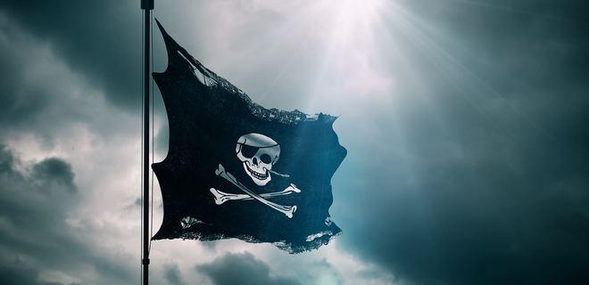 Медиагруппы создали черный список провайдеров пиратского ТВ - Фото